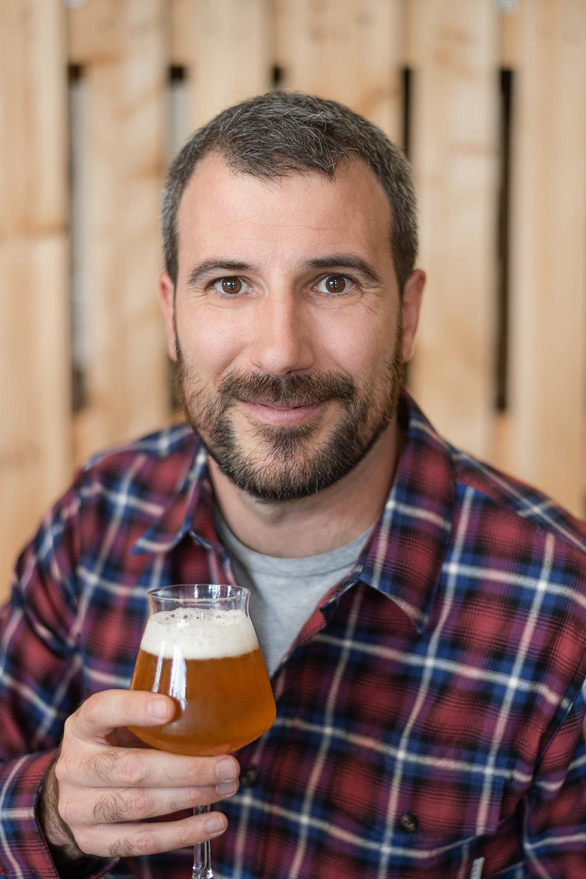 https://beersensorium.com/wp-content/uploads/2019/11/Benjamin-Caubet-Beer-Sensorium-LLR_photographie-3light.jpg